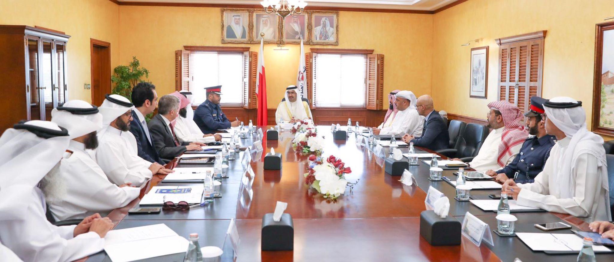 ترأس سمو الشيخ خليفة بن علي بن خليفة آل خليفة محافظ الجنوبية إجتماع المجلس التنسيقي الأول للعام 2019م، وذلك بحضور عدد من ممثلي الجهات الحكومية المختلفة